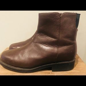 Women's Sports Boots